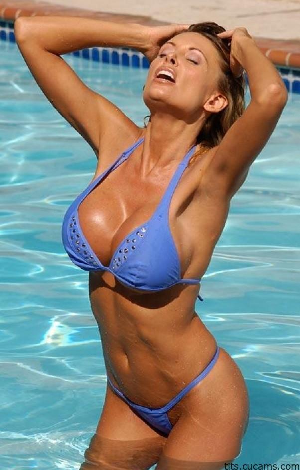 Tits Tan Farting by tits.cucams.com